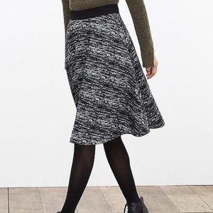 Banana Republic A-line knit midi skirt 00 Petite